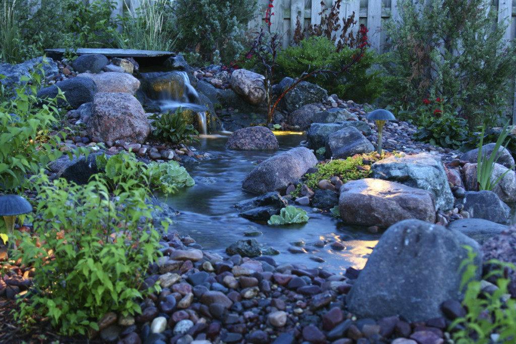 Backyard-Bliss-000005339186_Medium