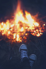 Resting-around-a-campfire-in-the-sneakers-000045727670_XXXLarge